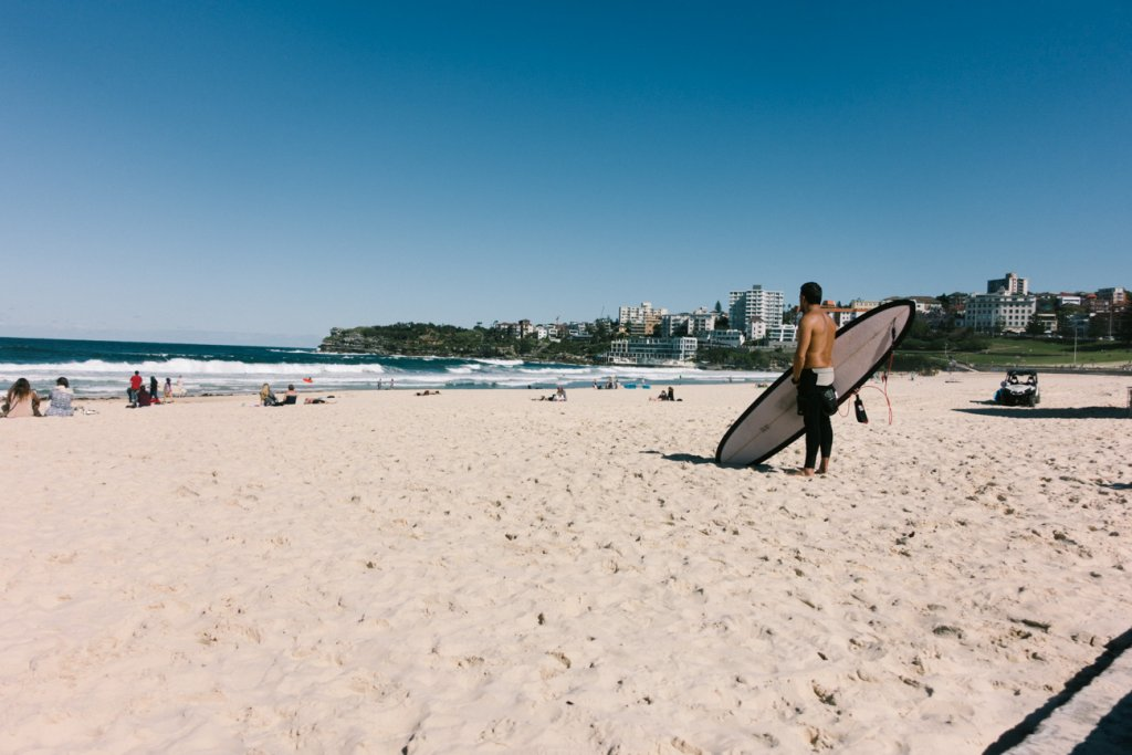 surfen in byron bay australie