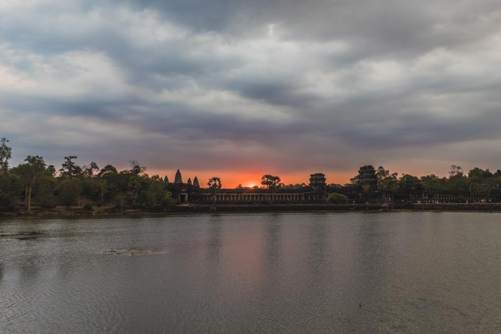 Angkor Wat travel blog tips