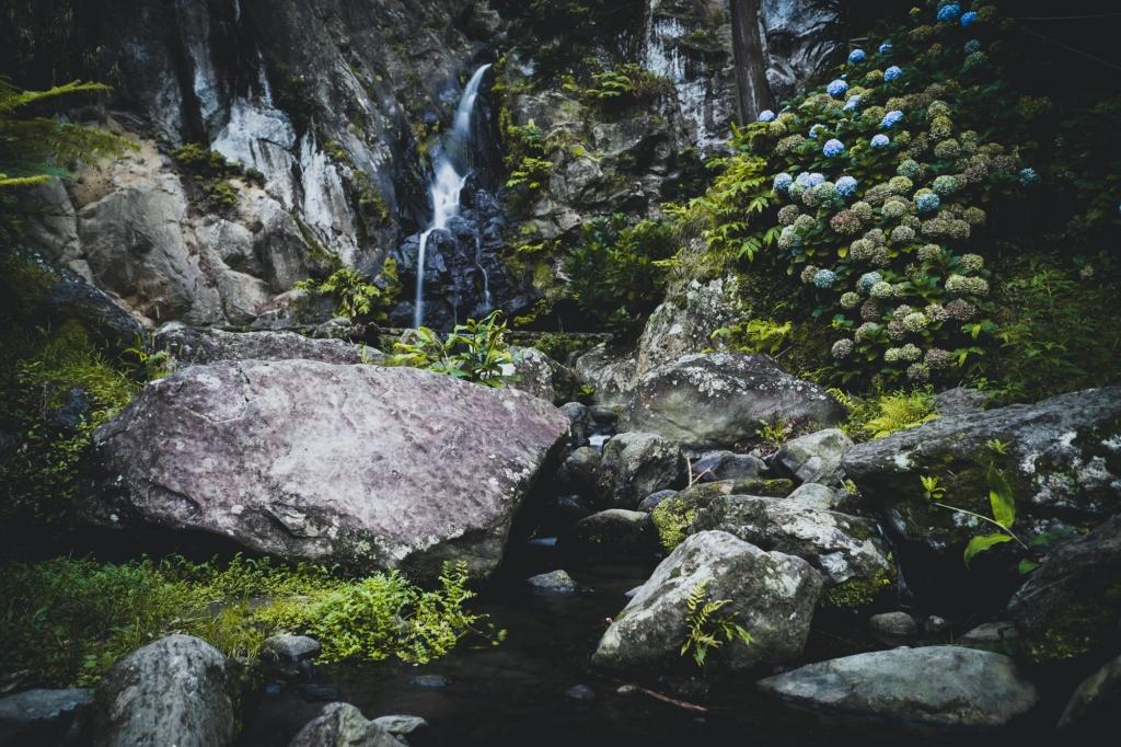 de mooiste watervallen op sao miguel in de azoren