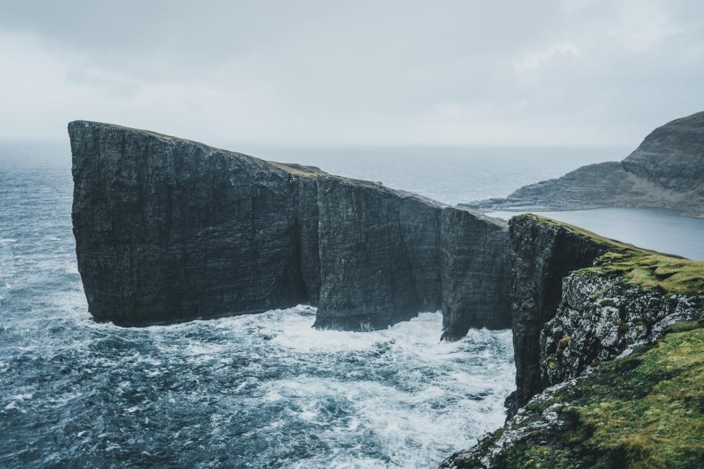 reis naar faeroer eilanden Trælanípa