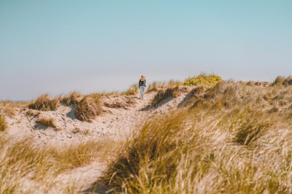 wandelen aan zee in Bredene