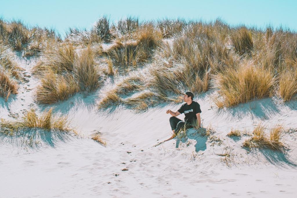 weekend aan zee duinen wandelen zee strand