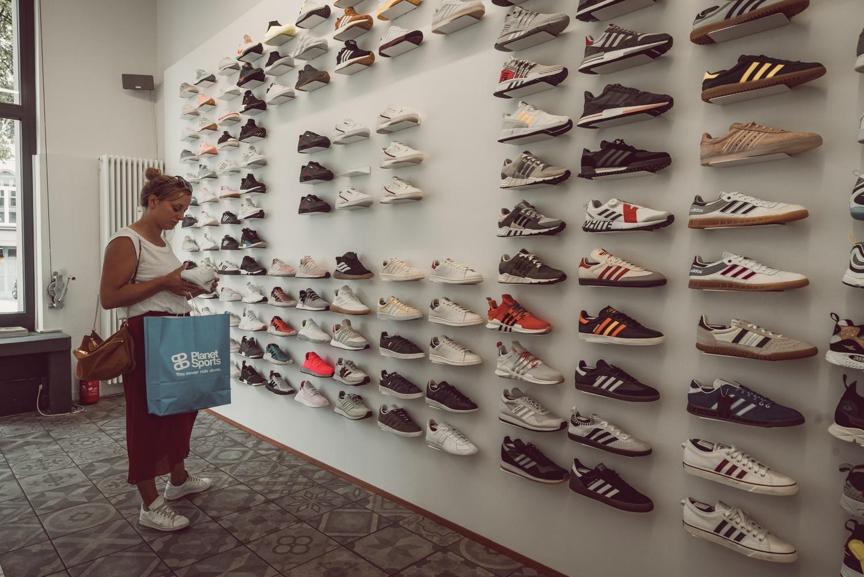 sneakers kopen in Keulen