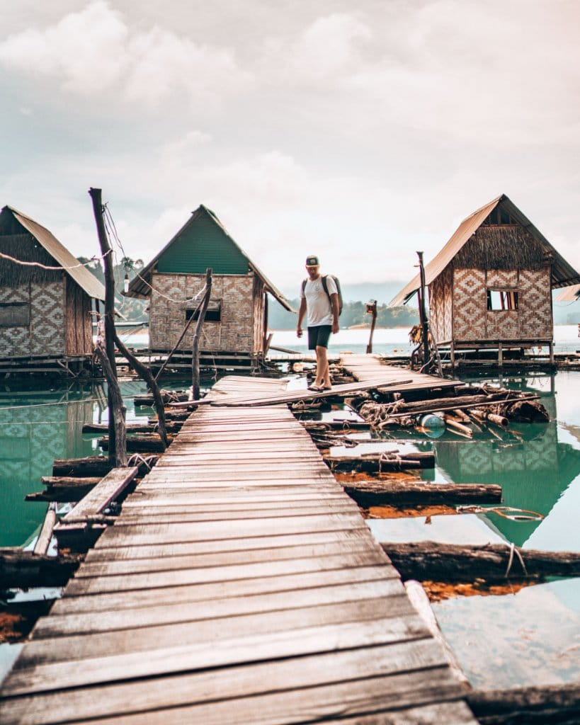 slapen op het water khao sok