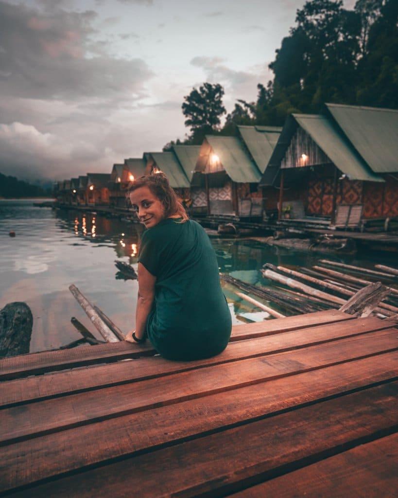 khao sok floating village