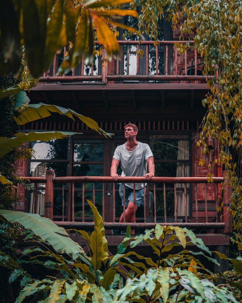slapen in treehouses thailand