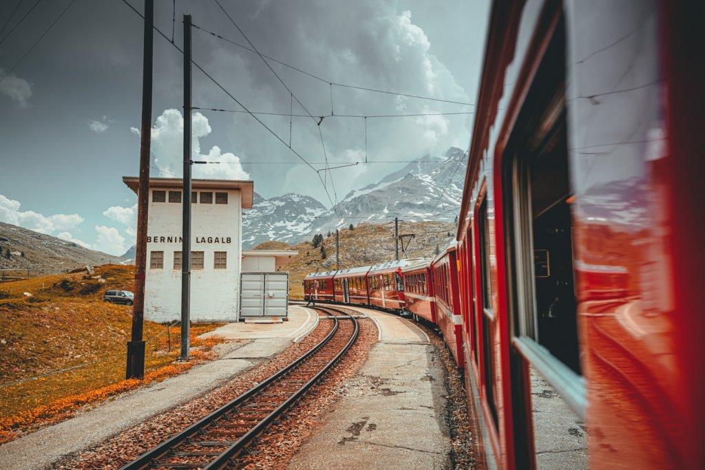 reizen met de trein in graubunden