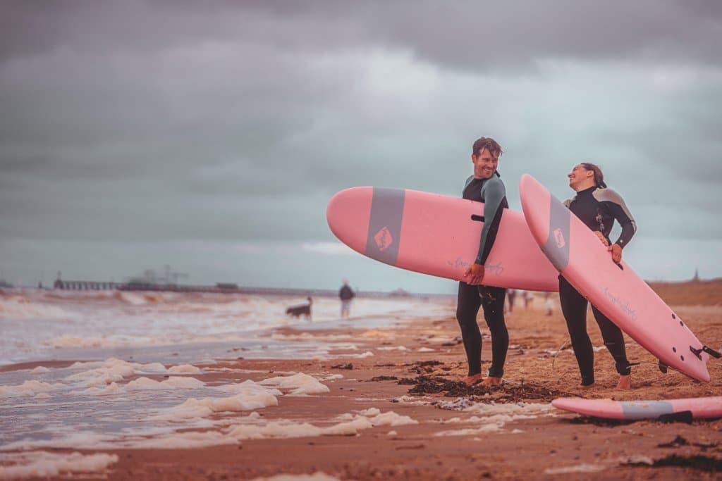 surfen aan zee weekend
