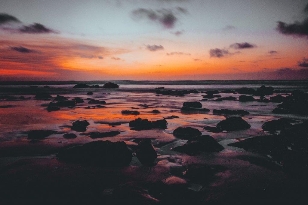 zonsondergang broome strand australie