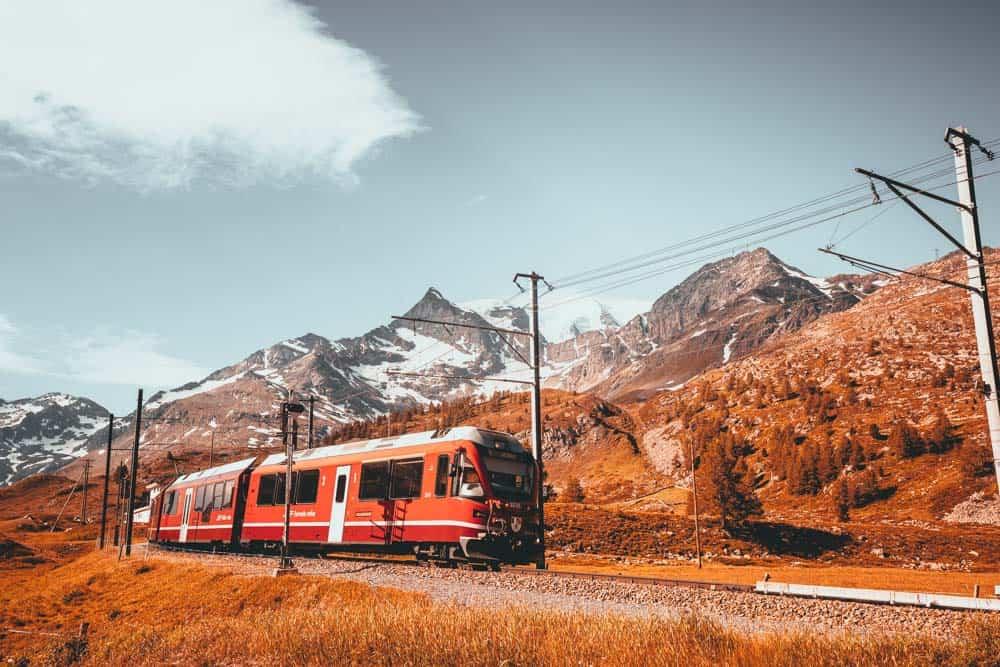 met de trein door zwitserland welke maatschappij