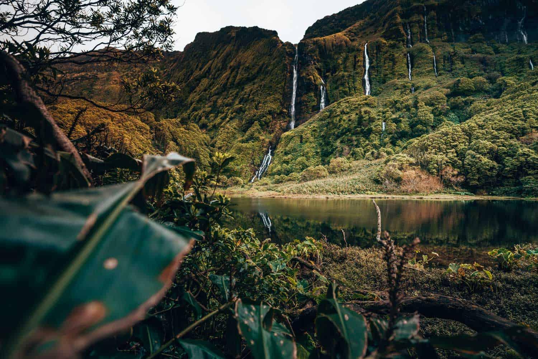 mooise waterval Poco da Ribeira do Ferreiro of Poço das Patas