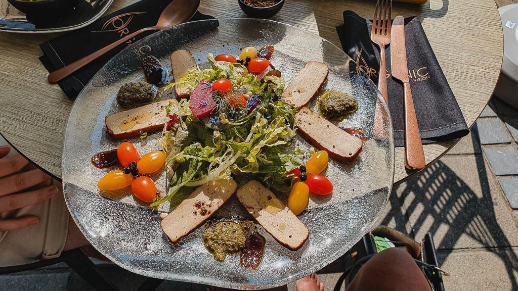 organic vegen eten met tofu oostende