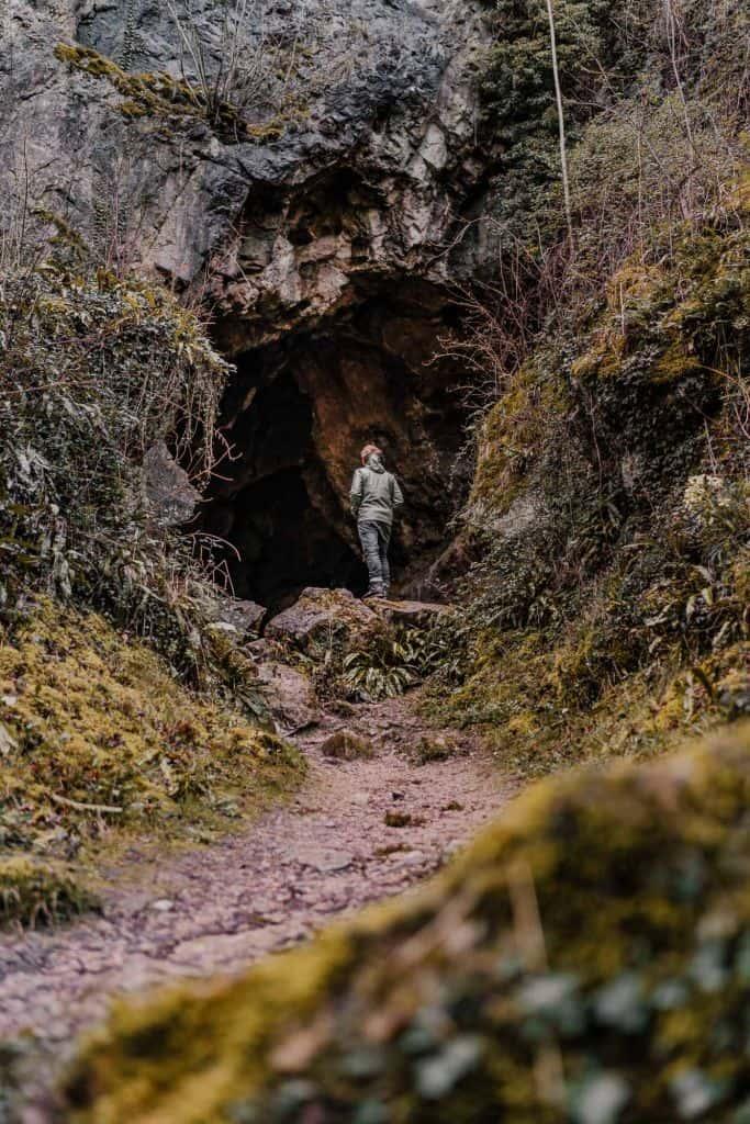 grotten hastiere wandelen