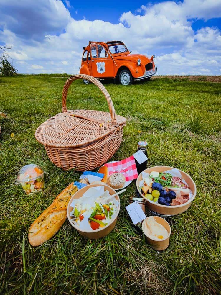picknick auto vespa huren