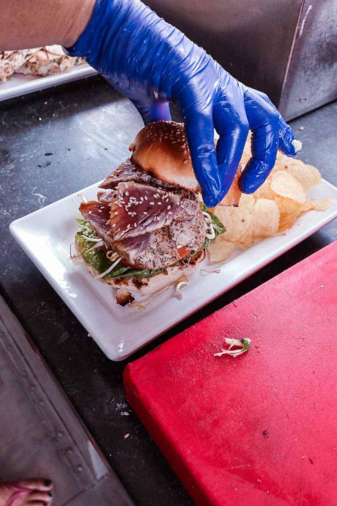 tonijn foodtruck bonaire