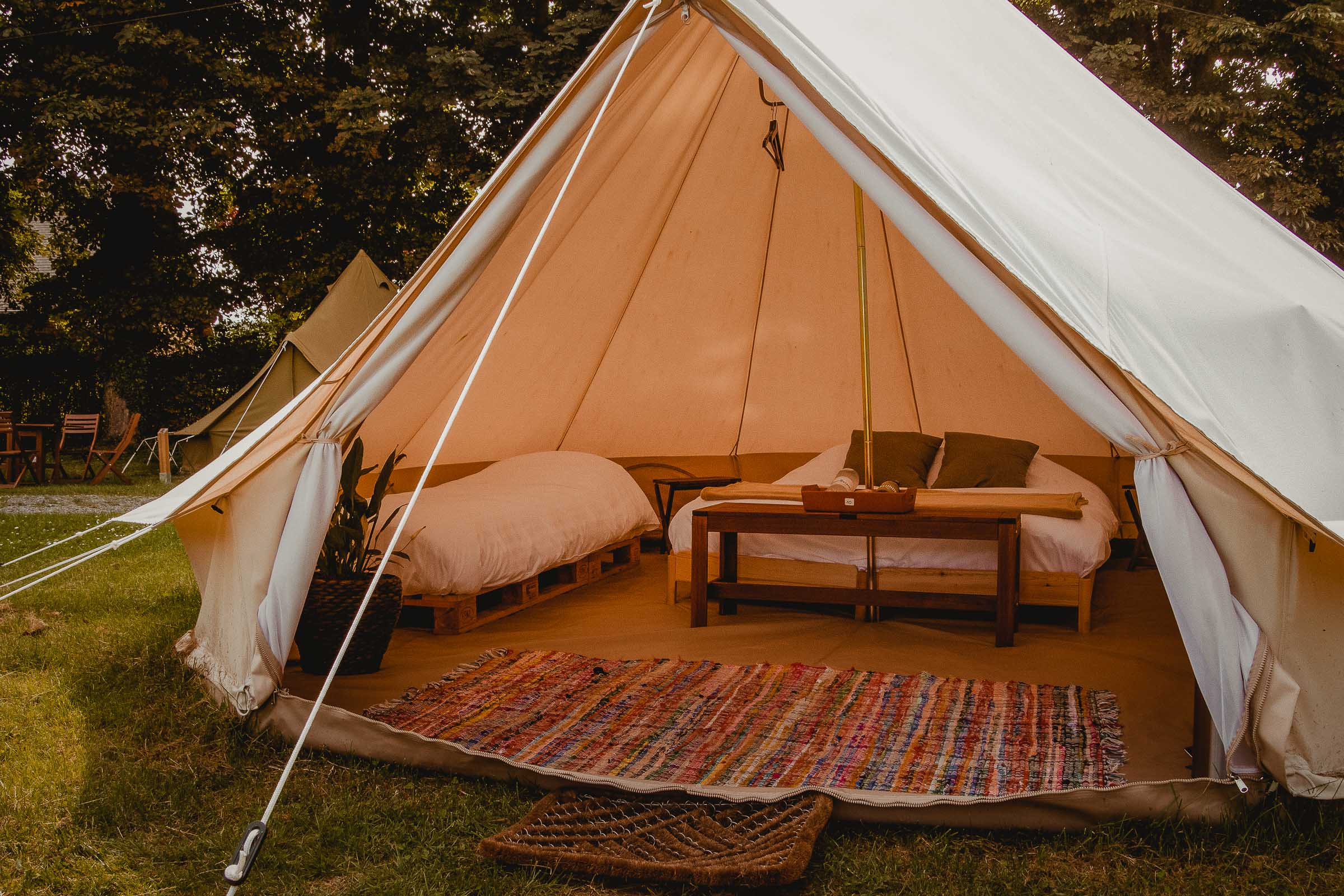 Luxe overnachting tent
