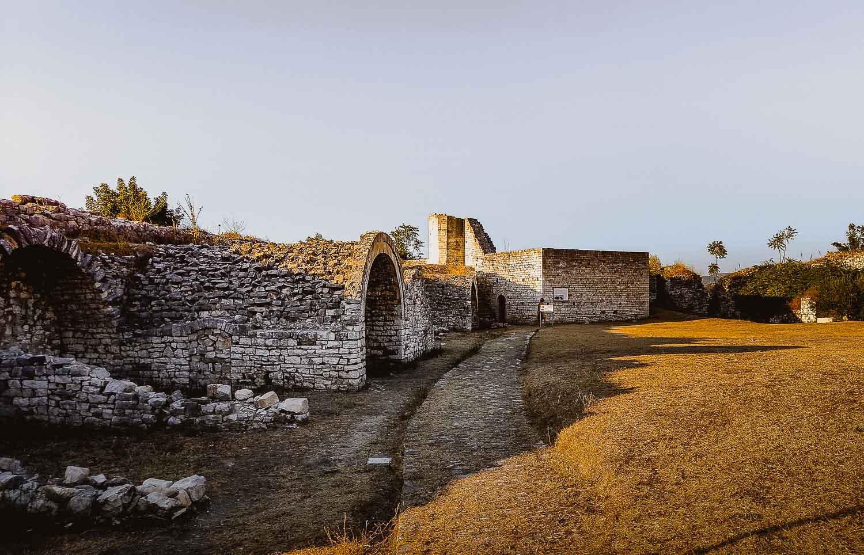 kasteel bezoeken albanie