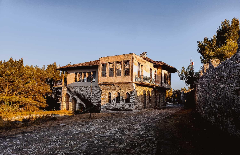 kasteel van berat bezoeken